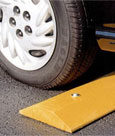 Solid Plastic Speed Bumps Rubber Speed Humps Parking Blocks
